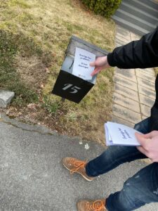 vetlanda - flygbladsutdelning - Alterantiv för Sverige - knivattack
